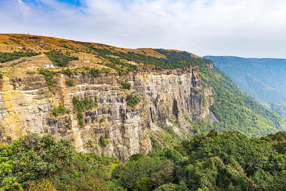 Steep cliffs, East Khasi hills, Sohra or Cherrapunjee, Meghalaya, India