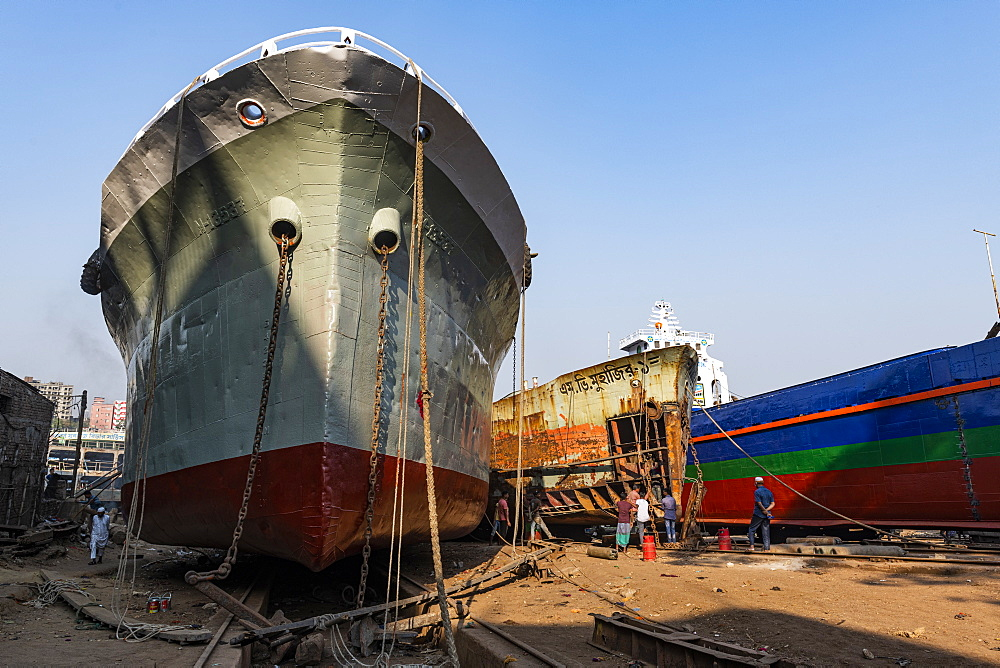 Ships being broken up in the shipwreck cemetery (ship breaking yard), Port of Dhaka, Bangladesh, Asia