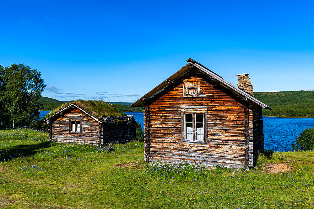 Historic houses on the Karasjohka River bordering Norway and Finland, Lapland, Finland, Europe - 1184-4634
