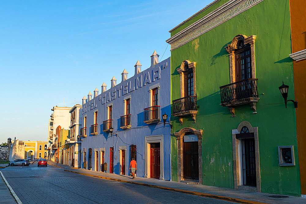 Colonial buildings, Unesco world heritage site the historic fortified town of Campeche, Campeche, Mexico - 1184-5352