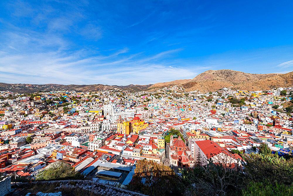 Overlook over the Unesco site Guanajuato, Mexico - 1184-5404