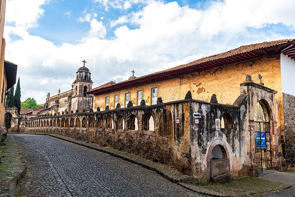 Historic city of Patzcuaro, Michoacan, Mexico, North America - 1184-5506