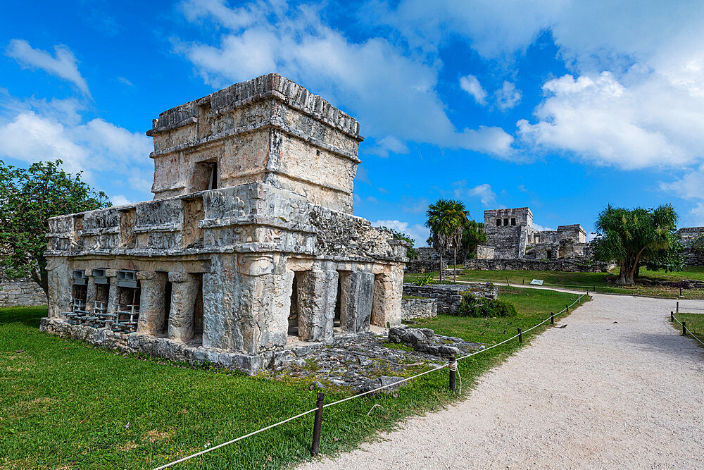 Pre-Columbian Mayan walled city of Tulum, Quintana Roo, Mexico, North America - 1184-5547