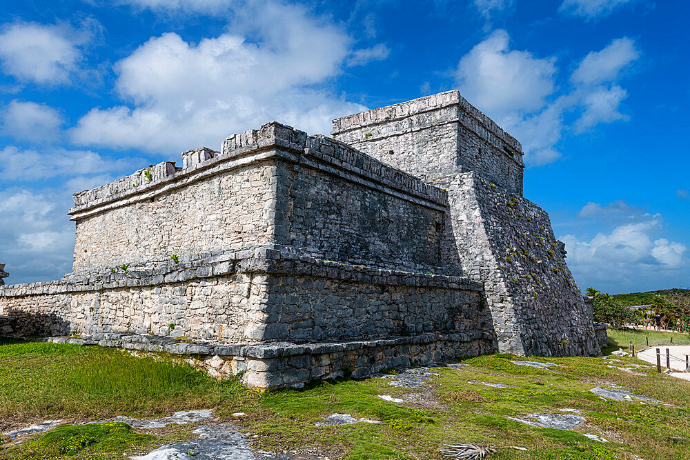 Pre-Columbian Mayan walled city of Tulum, Quintana Roo, Mexico, North America - 1184-5548