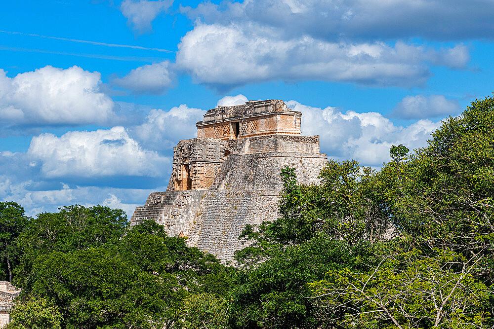 The Maya ruins of Uxmal, UNESCO World Heritage Site, Yucatan, Mexico, North America - 1184-5555