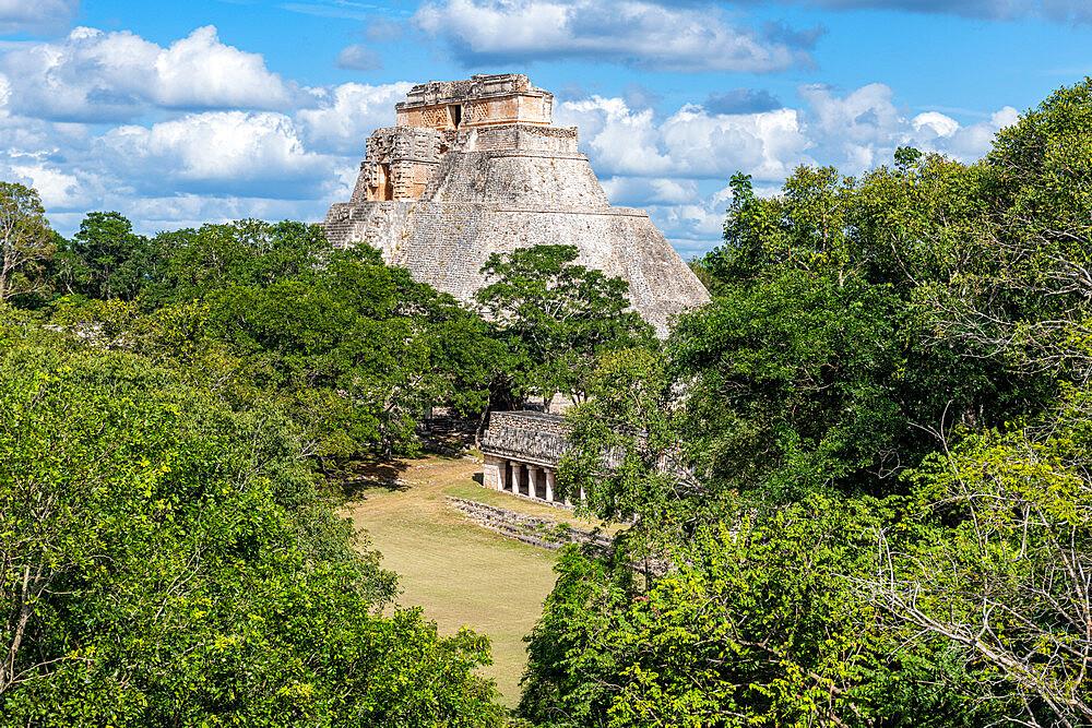 The Maya ruins of Uxmal, UNESCO World Heritage Site, Yucatan, Mexico, North America - 1184-5556