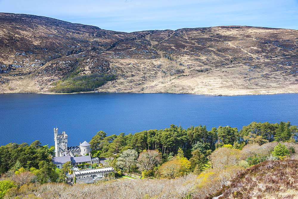 Glenveagh castle on lake Lough Beagh in the Glenveagh National Park, County Donegal, Ulster, Republic of Ireland, Europe