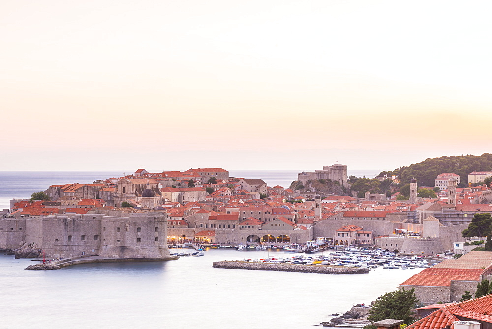 Dusk over the old town, UNESCO World Heritage Site, Dubrovnik, Croatia, Europe