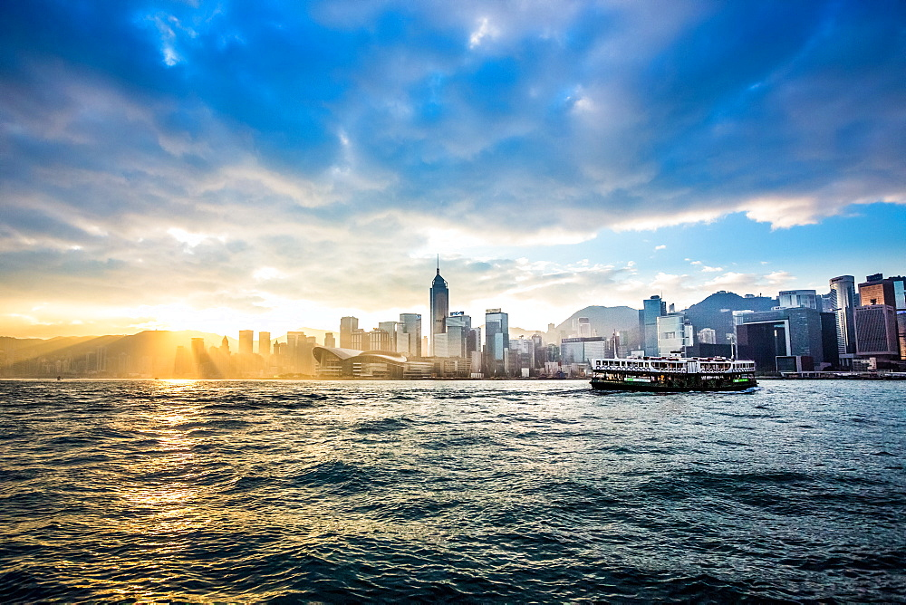 Hong Kong skyline with Star Ferry, Hong Kong, China, Asia