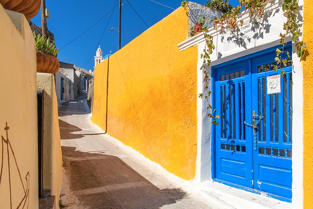 Street scene and blue doors, Santorini, Cyclades, Aegean Islands, Greek Islands, Greece, Europe - 1199-496