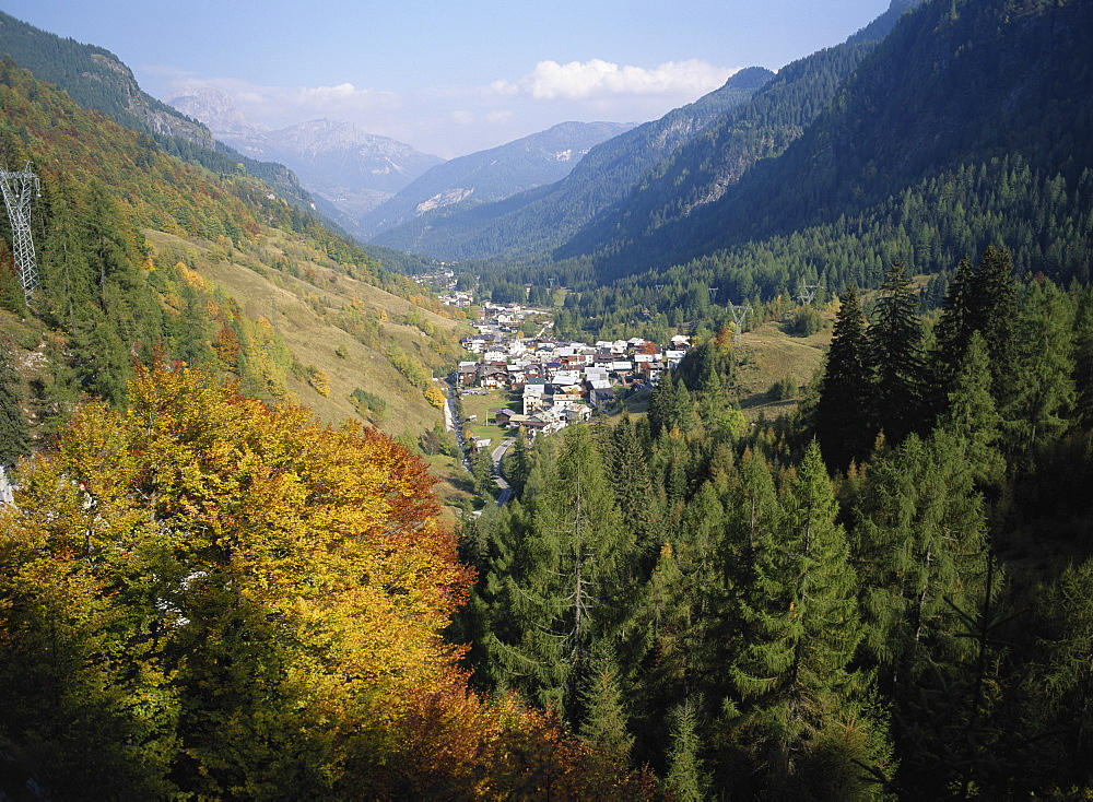 Italy, Cortina, Dolomites, Pieve di Livinallongo - 120-3208