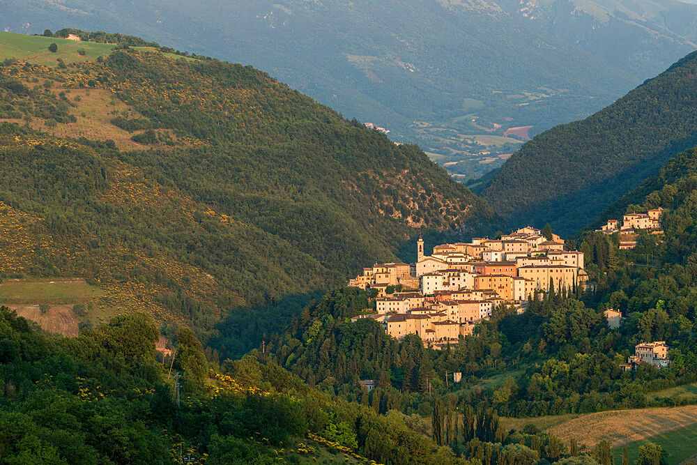 View of the village of Preci at sunset, Valnerina, Umbria, Italy