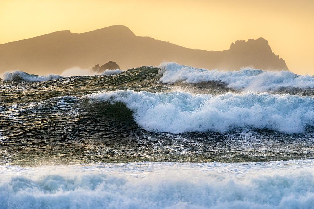 Large waves, Clogher Strand, Dingle Peninsula, Kerry, Republic of Ireland