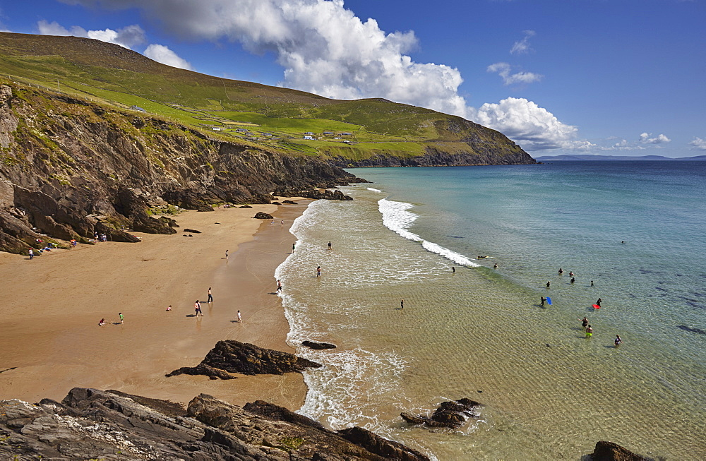 Beach on Dunmore Head, at the western end of the Dingle Peninsula, County Kerry, Munster, Republic of Ireland, Europe