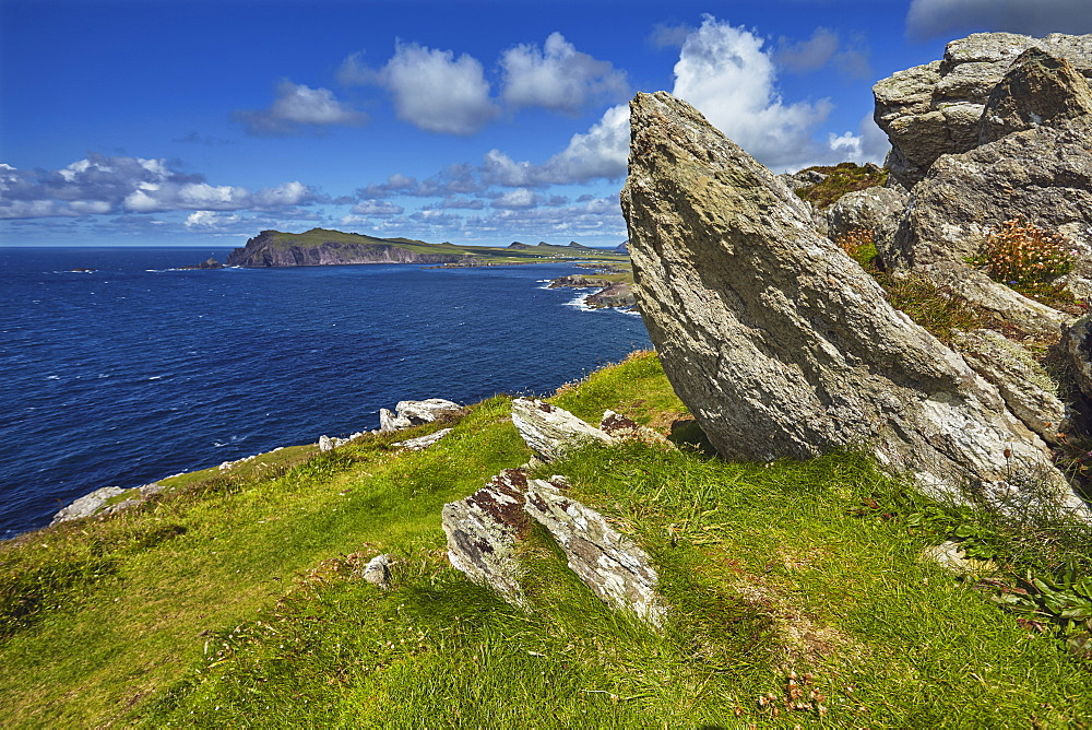 A view from Clogher Head towards Sybil Point, at the western end of the Dingle Peninsula, County Kerry, Munster, Republic of Ireland, Europe - 1202-104