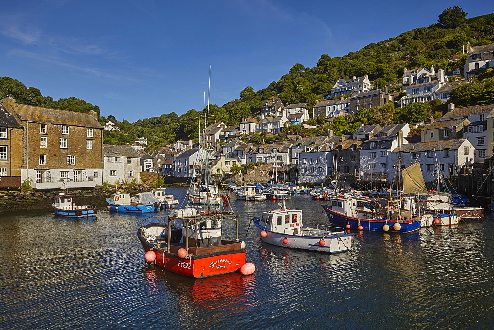 One of Cornwall's most famous attractions, the ultimate quintessential Cornish fishing village of Polperro, on the south coast, Cornwall, England, United Kingdom, Europe