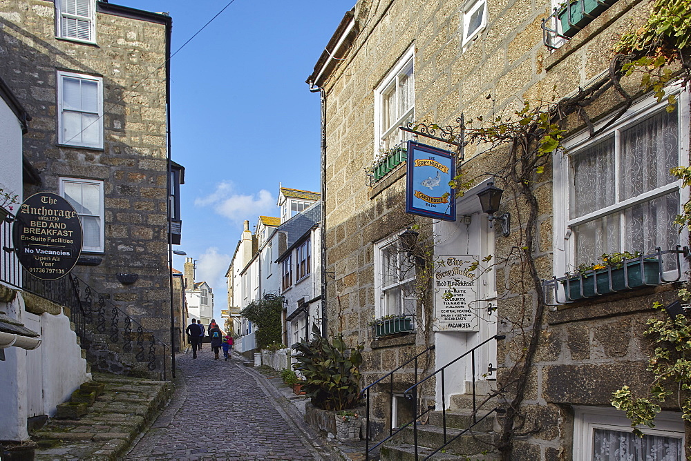 Old fishermen's cottages line narrow lanes in The Digey, the oldest part of the fishing harbour at St. Ives, in west Cornwall, England, United Kingdom, Europe