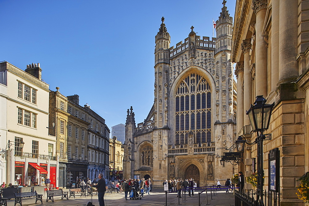 Bath Abbey and the Roman Baths (on the right), the very epicentre of the city of Bath, Somerset, Great Britain.