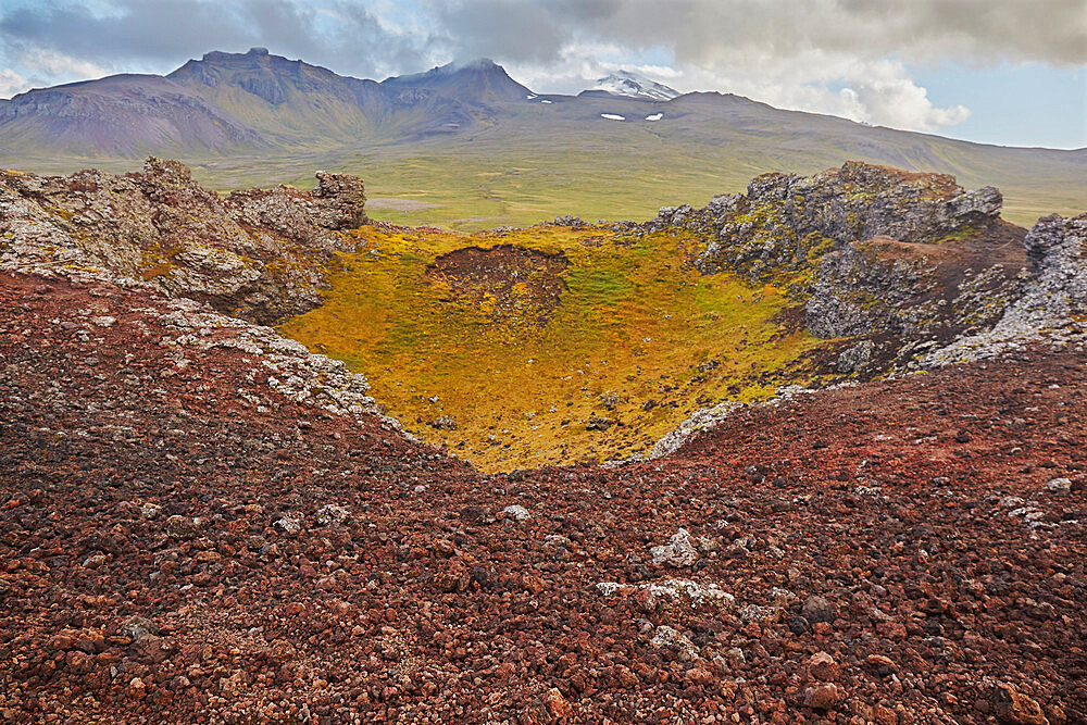 The Saxholl cinder cone and crater, in Snaefellsjokull National Park, on the Snaefellsnes peninsula, western Iceland, Polar Regions - 1202-442