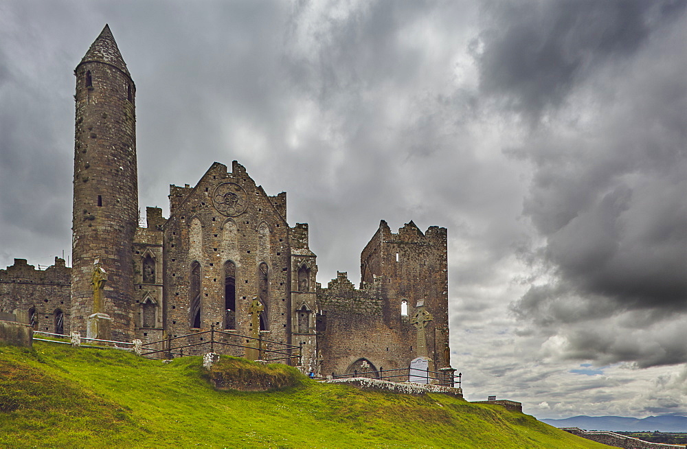 The ruins of the Rock of Cashel, Cashel, County Tipperary, Munster, Republic of Ireland, Europe - 1202-85