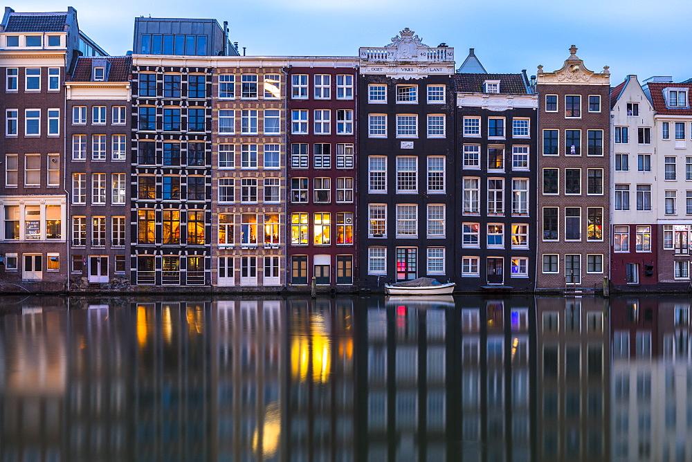 Damrak, Amsterdam, Netherlands - 1207-143