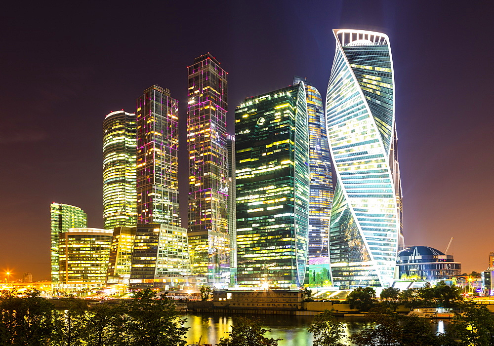Skyscrapers in business center of Presnensky District, beside the Moscow River at night, Moscow, Russia, Europe