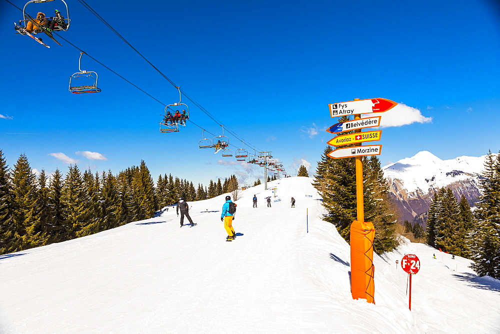 Skiers in Morzine, French Alps, France, Europe