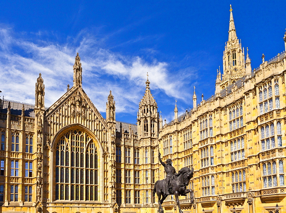 Statue of Richard the Lionheart outside Westminster, UNESCO World Heritage Site, London, England, United Kingdom, Europe - 1207-589