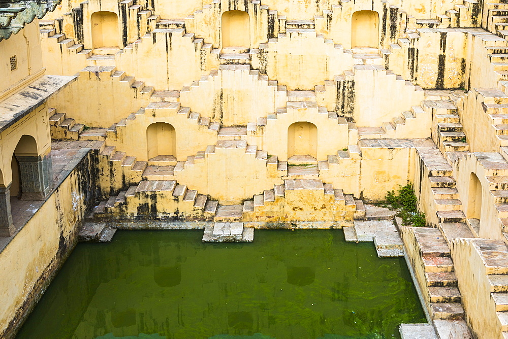 A step well near Kheri Gate, Jaipur, Rajasthan, India, Asia