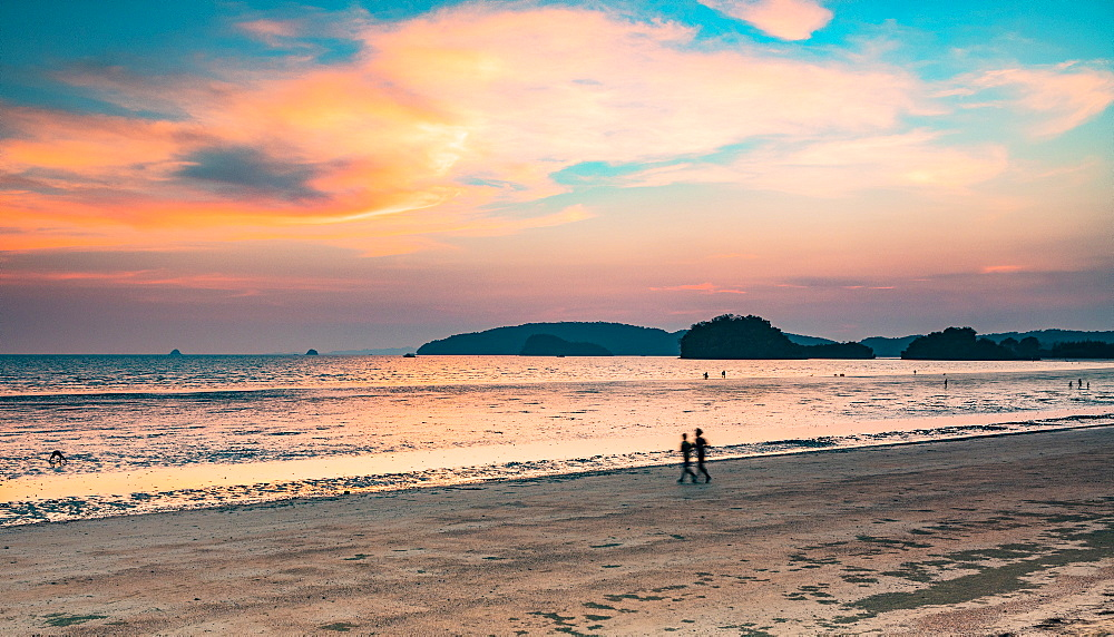 Ao Nang, Krabi Province, Southern Thailand, Thailand, Southeast Asia, Asia - 1207-678