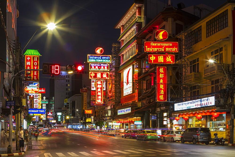 Yaowarat Road in Chinatown at night, Bangkok, Thailand, Southeast Asia, Asia - 1207-695