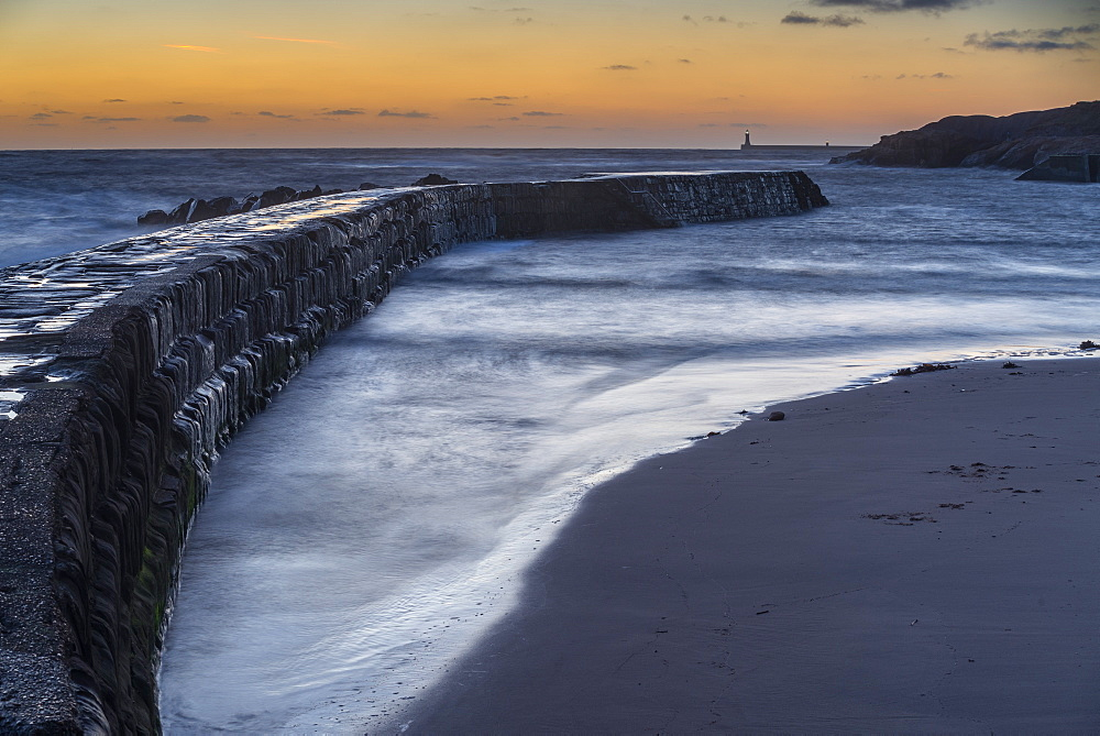 Tynemouth Pier, as seen from Cullercoats at dawn, Tyne and Wear, England, United Kingdom, Europe