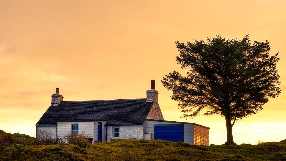 Holiday cottage on the Isle of Mull, Inner Hebrides, Scotland, United Kingdom, Europe