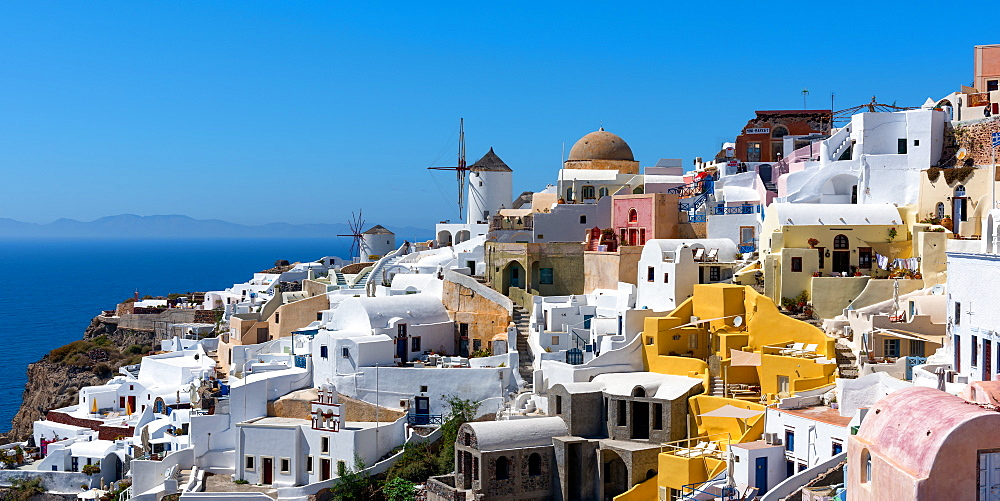 Oia, Santorini, Cyclades, Greek Islands, Greece, Europe - 1216-221