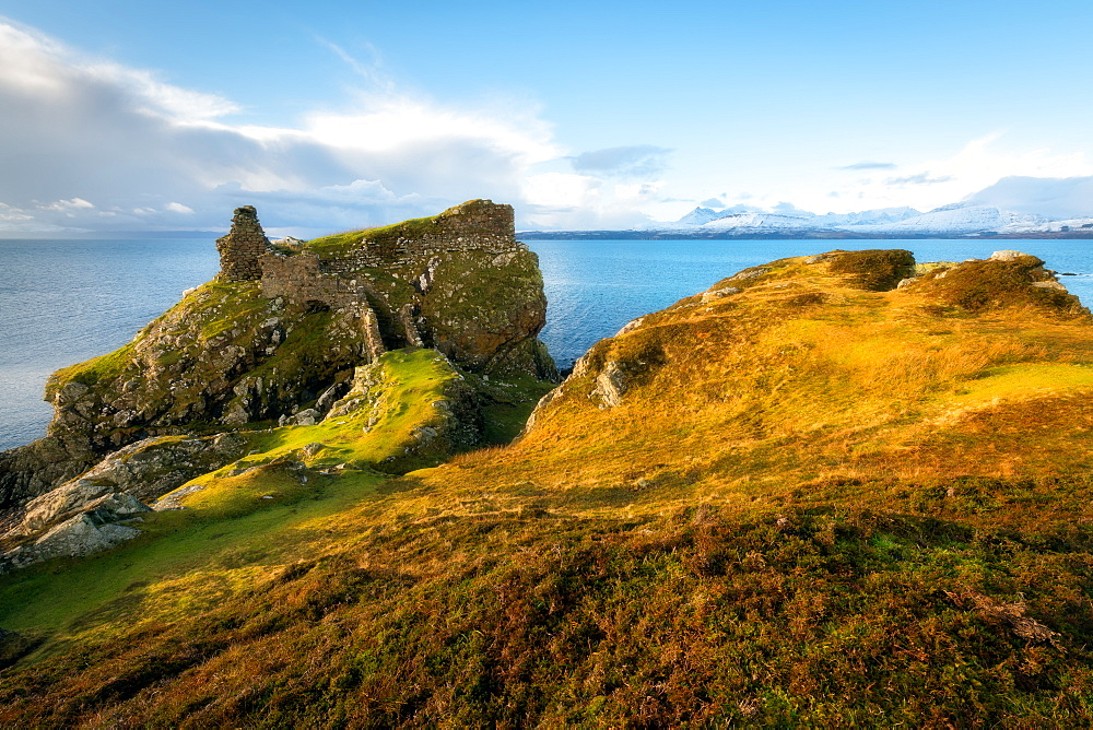 Dunscaith Castle, Isle of Skye, Inner Hebrides, Scotland, United Kingdom, Europe - 1216-260