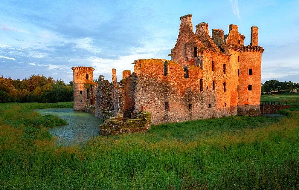 Caerlaverock Castle, Dumfries and Galloway, Scotland, United Kingdom, Europe - 1216-336