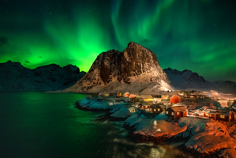 Aurora Borealis (Northern Lights) above Rorbuer fishermen's huts, Hamnoy, Moskenesøy, Lofoten Islands, Nordland, Norway, Europe - 1216-396