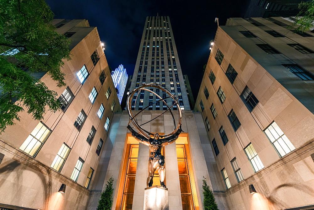 Atlas Statue, Rockerfeller Centre, New York City, United States of America, North America