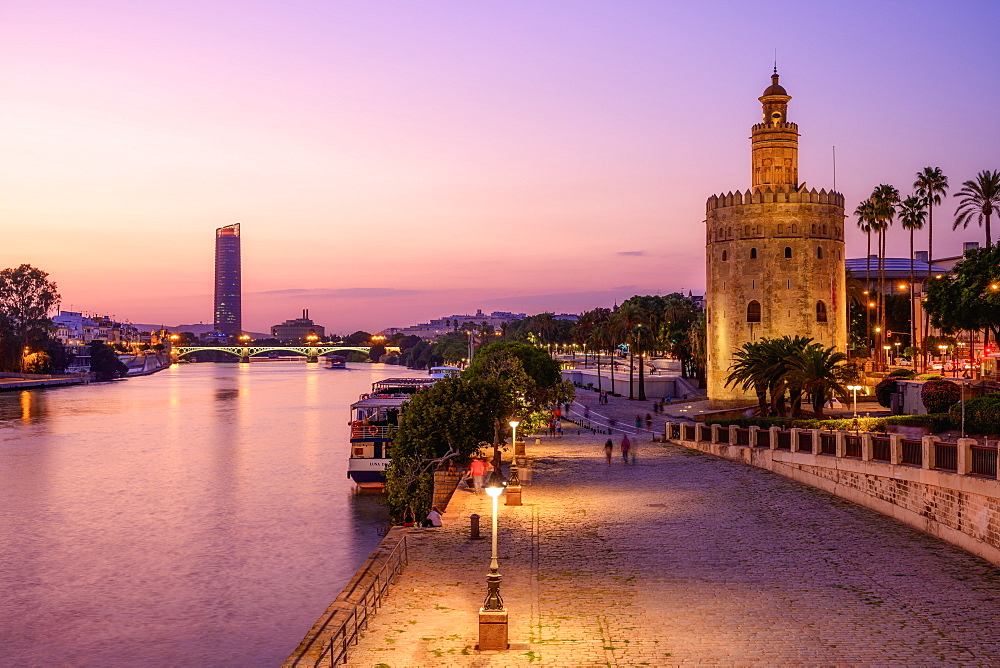 The Torre del Oro (Golden Tower) on the banks of the river Guadalquivir, Seville (Sevilla), Andalusia, Spain, Europe - 1216-519
