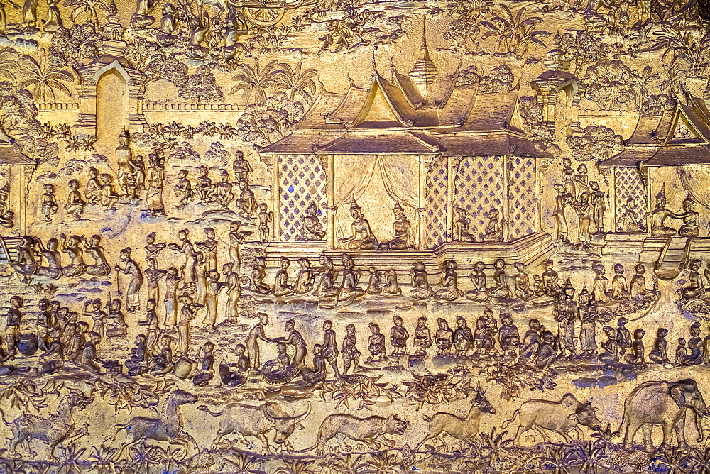 Ornate golden decorative panel, Wat Mai Suwannaphumaham Buddhist temple, UNESCO World Heritage Site, Luang Prabang, Louangphabang Province, Laos, Indochina, Southeast Asia, Asia
