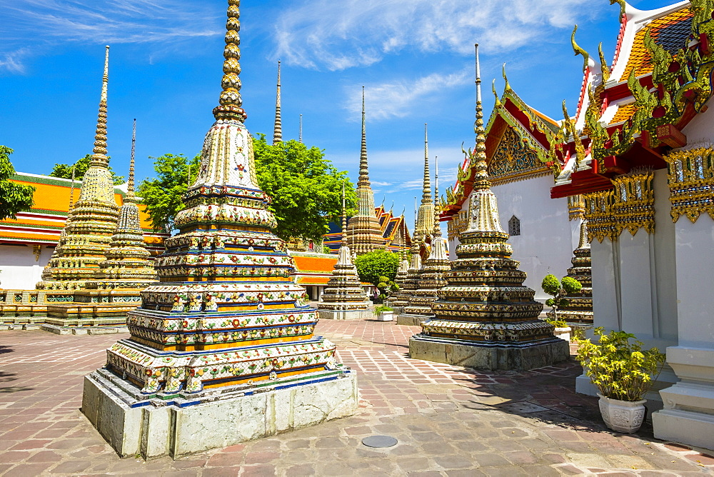 Stupas at Wat Pho (Temple of the Reclining Buddha), Bangkok, Thailand, Southeast Asia, Asia