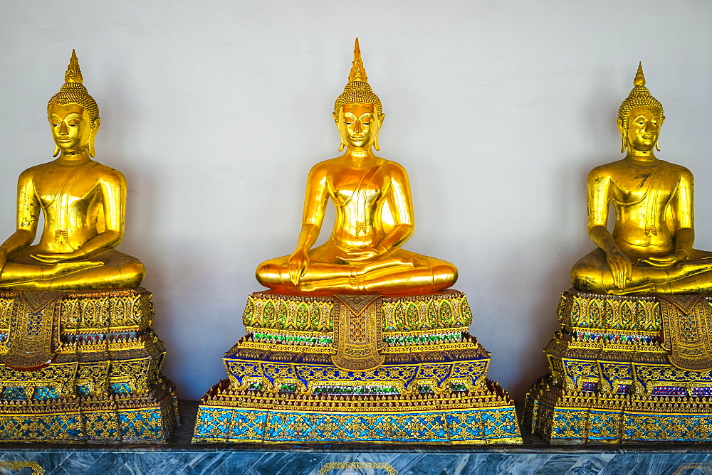 Golden Buddha statues, Wat Pho (Temple of the Reclining Buddha), Bangkok, Thailand, Southeast Asia, Asia