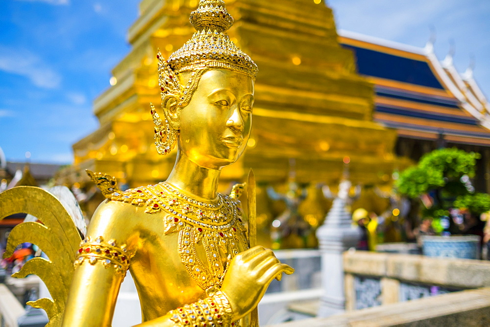 Kinnara statue at Temple of the Emerald Buddha (Wat Phra Kaew), Grand Palace complex, Bangkok, Thailand, Southeast Asia, Asia