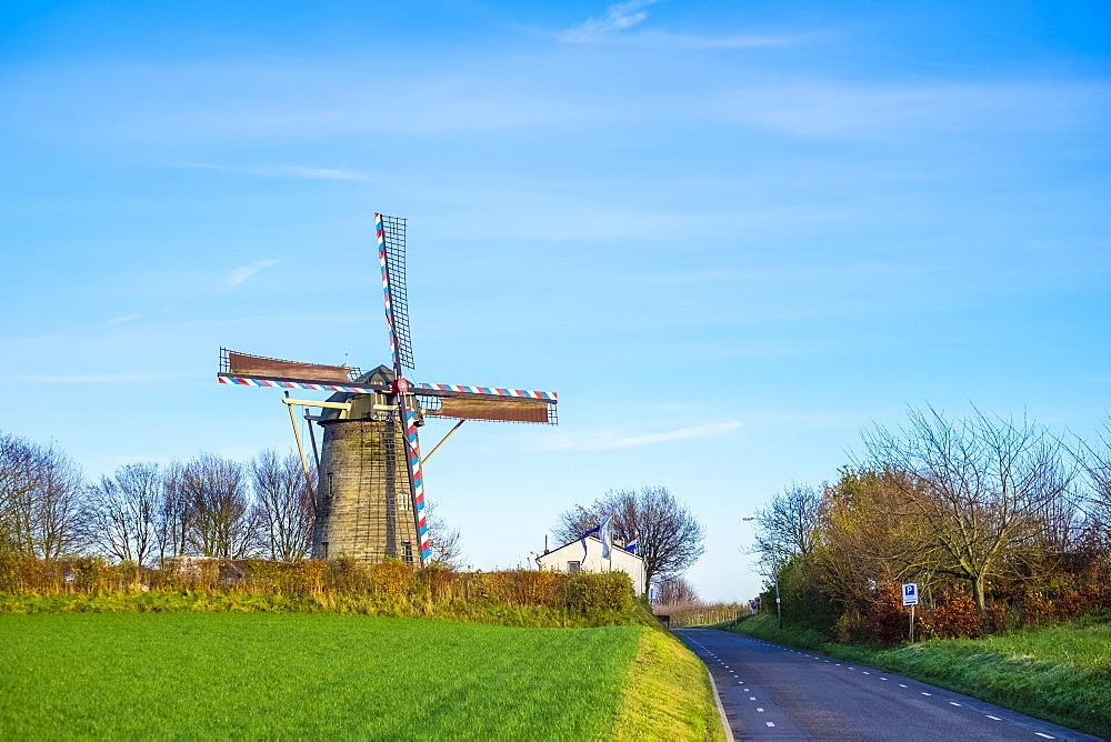 Van Tienhovenmolen windmill, Bemelen, Limburg, Netherlands, Europe