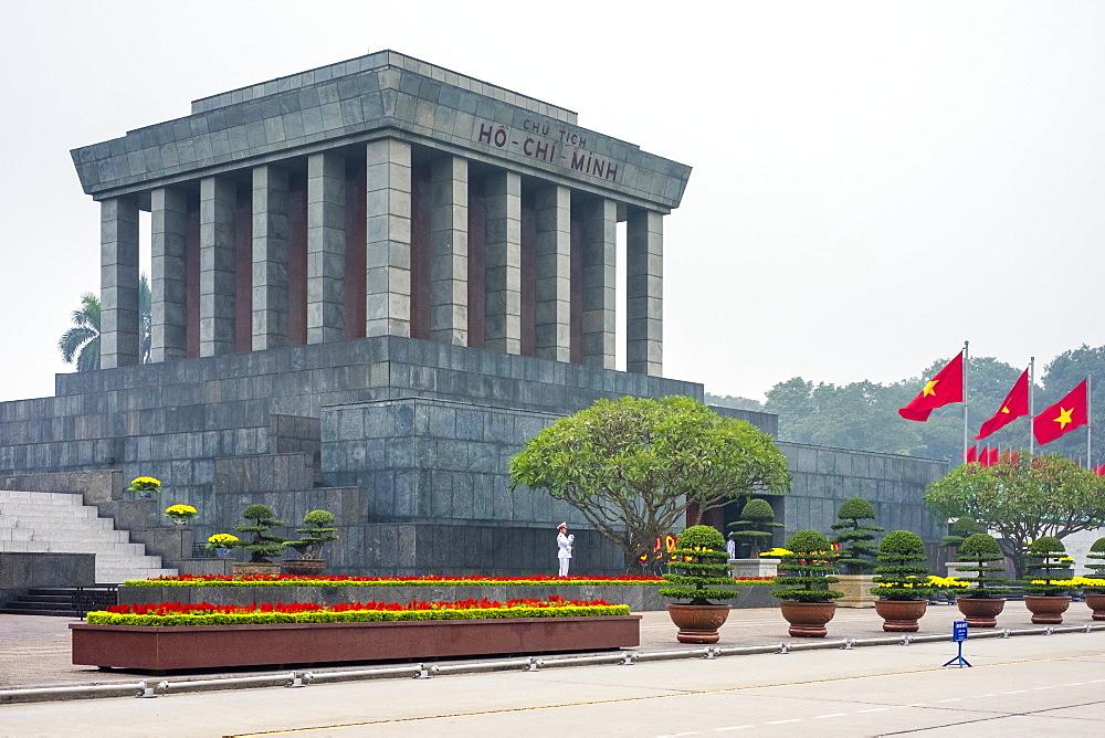 Ho Chi Minh Mausoleum on Ba Dinh Square, Hanoi, Vietnam, Indochina, Southeast Asia, Asia - 1217-244