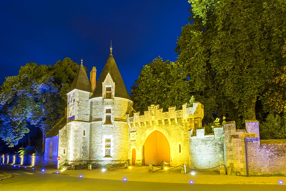 Castle gates of Chateau de Rohan (Josselin Castle), Josselin, Morbihan Department, Brittany, France, Europe