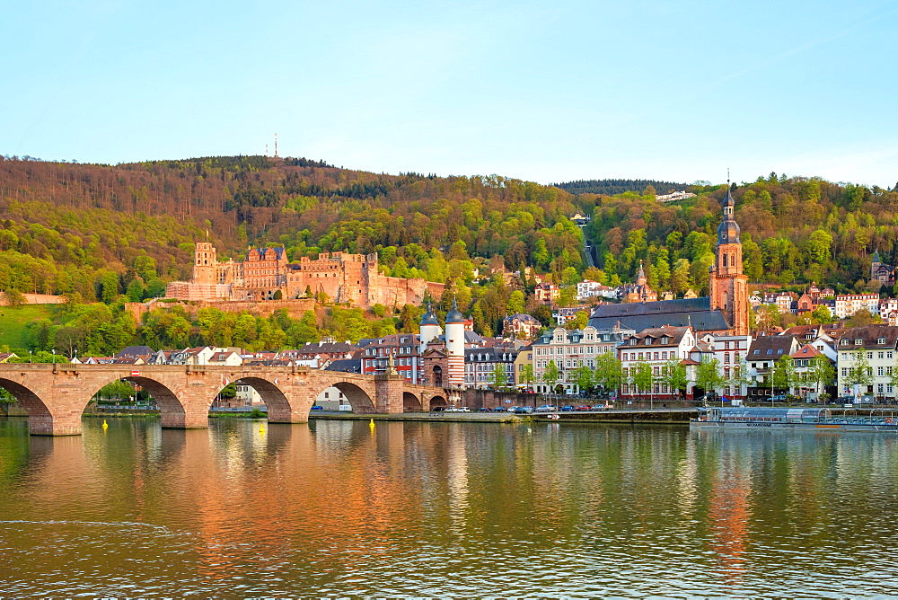 Alte Brucke (Old Bridge) and buildings in the Altstadt (Old Town) on the Neckar River, Heidelberg, Baden-Wurttemberg, Germany, Europe