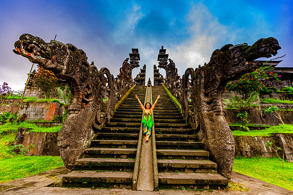 Woman at the Besakih Temple, the largest and holiest temple of Hindu religion in Bali, Indonesia, Southeast Asia, Asia - 1218-1176