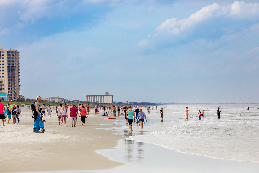 Crowds come to Jacksonville beach after it reopened during the Covid-19 Pandemic, Florida, United States of America, North America - 1218-1296