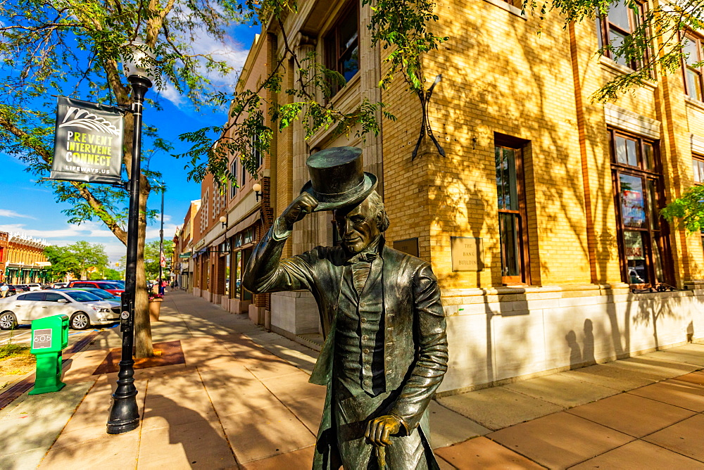 Statue of George Washington in Downtown of Rapid City. - 1218-1347